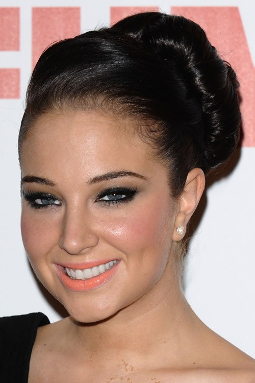 Tulisa Contostavlos Hairstyles Amp Hair Colors Steal Her Style