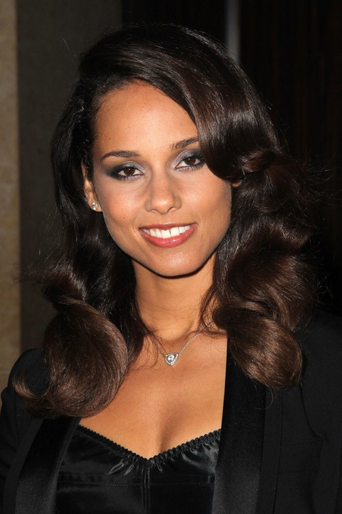 Alicia Keys Wavy Dark Brown Loose Waves Hairstyle | Steal Her Style Alicia Keys