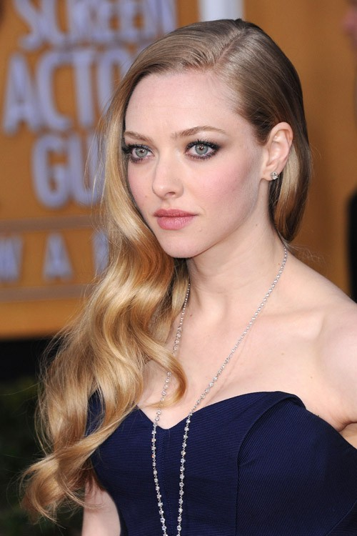 Amanda Seyfried Clothes Amp Outfits Steal Her Style