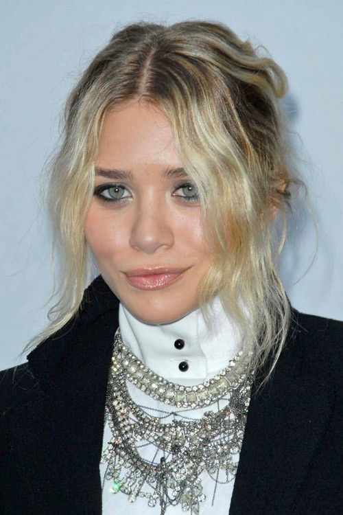 Ashley Olsen S Hairstyles Amp Hair Colors Steal Her Style
