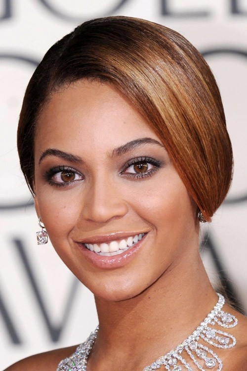 Beyonc Straight Dark Brown Updo Hairstyle Steal Her Style