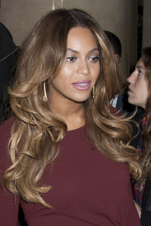Beyonc 233 Wavy Medium Brown Long Layers Peek A Boo