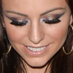 cher-lloyd-makeup-16
