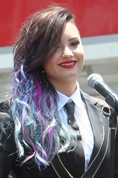 Demi Lovatos Hairstyles amp Hair Colors  Steal Her Style