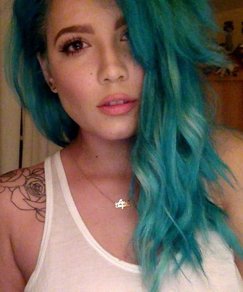 Halsey Wavy Blue Choppy Layers Side Part Uneven Color
