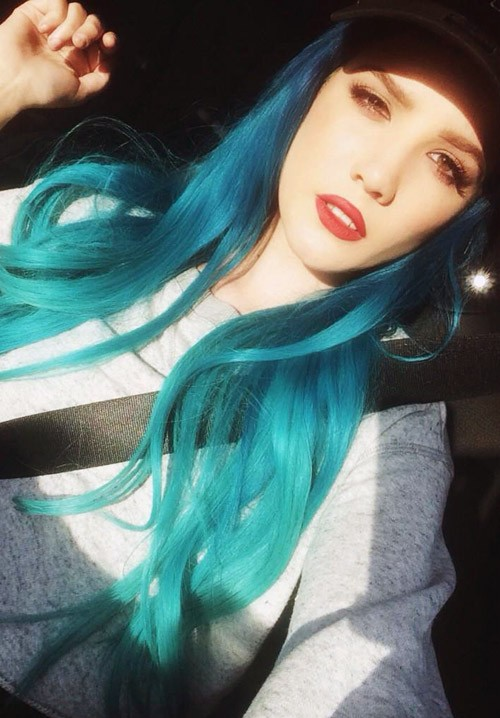Halsey Wavy Blue Uneven Color Hairstyle Steal Her Style