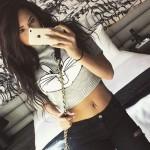 jasmine-villegas-belly-button-piercing
