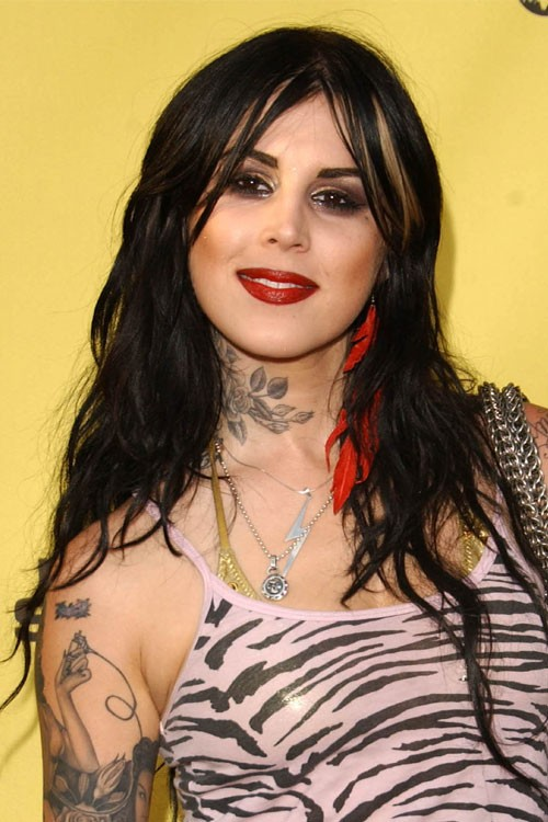Kat Von D S Hairstyles Amp Hair Colors Steal Her Style