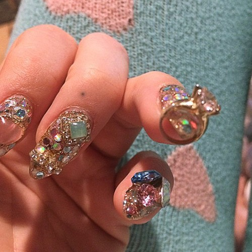 120 Celebrity Nail Art Photos With Stones Page 10 Of 12 Steal