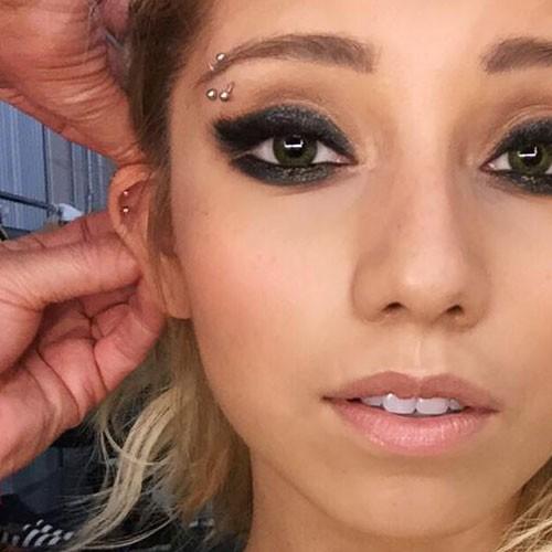 7 Celebrity Eyebrow Piercings Steal Her Style