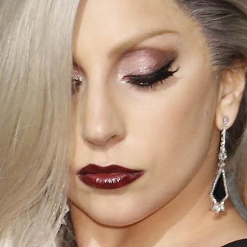 Lady Gaga Makeup: Black Eyeshadow Mauve Eyeshadow - Lady Gaga Makeup