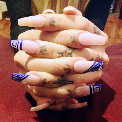 Lil Debbie Nails: Lil Debbie Light Pink Geometric, Studs Nails
