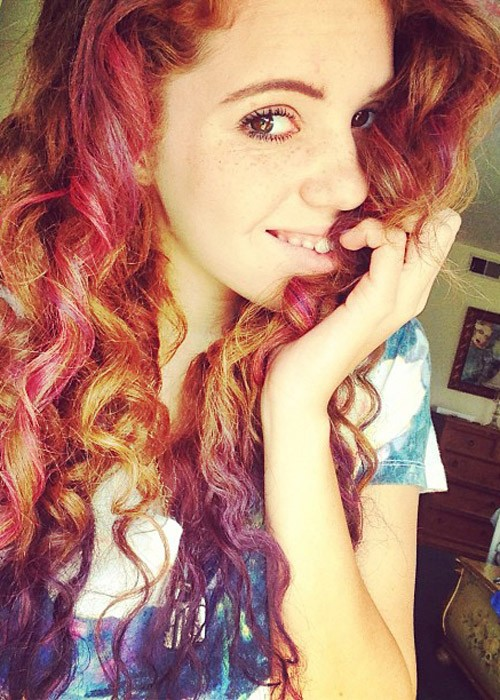 Mahogany Lox S Hairstyles Amp Hair Colors Steal Her Style
