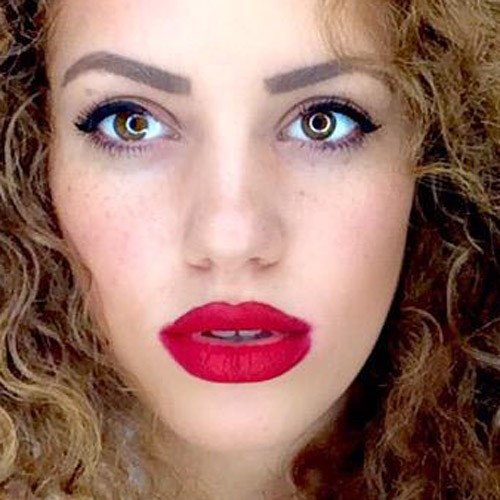 mahogany loxs makeup photos amp products steal her style