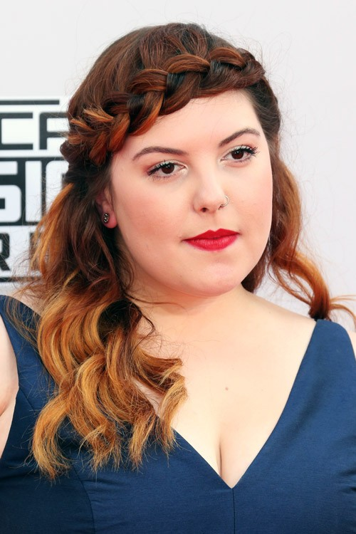 Mary Lambert S Hairstyles Amp Hair Colors Steal Her Style