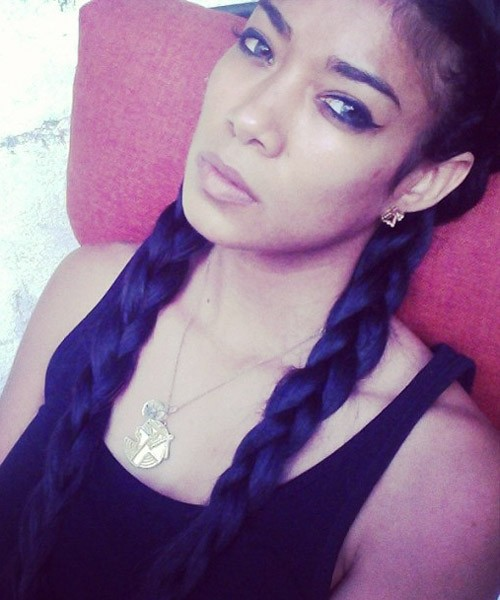 Mila J S Hairstyles Amp Hair Colors Steal Her Style