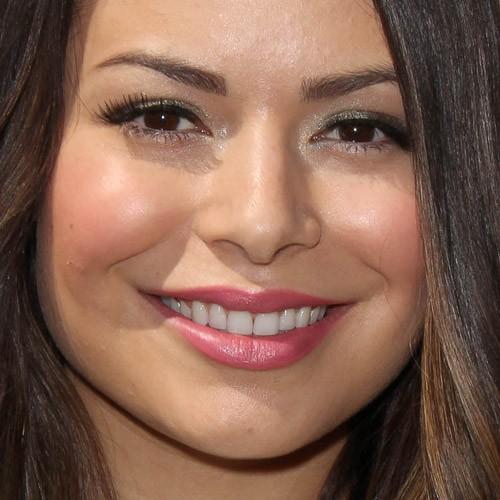 Miranda Cosgrove Makeup Gray Eyeshadow Silver Eyeshadow Amp Pink Lipstick Steal Her Style