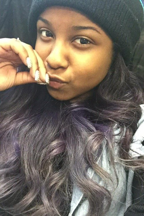 Reginae Carter Wavy Silver Messy Hairstyle Steal Her Style