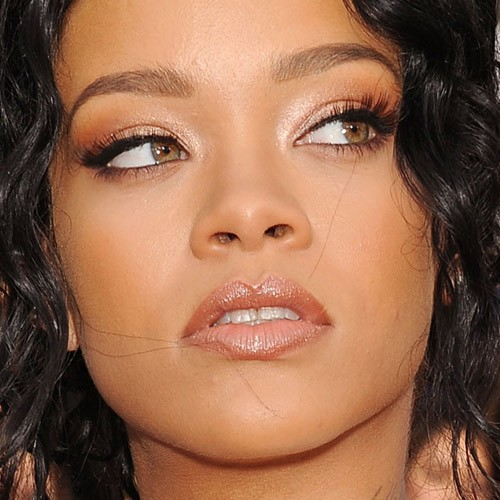 Rihanna's Makeup Photos & Products | Steal Her Style | Page 2
