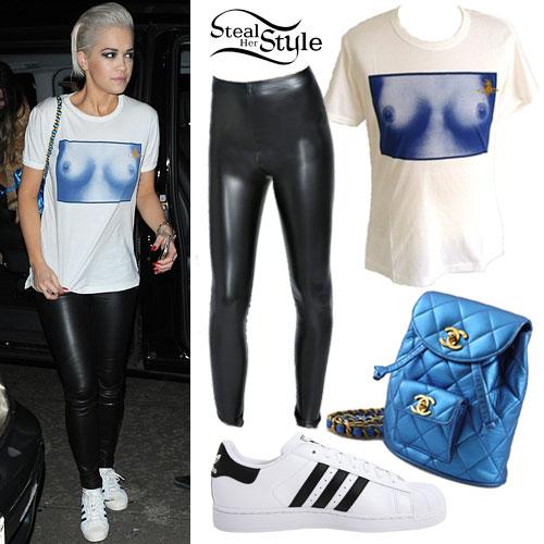 Rita Ora: Breasts Tee, White Sneakers