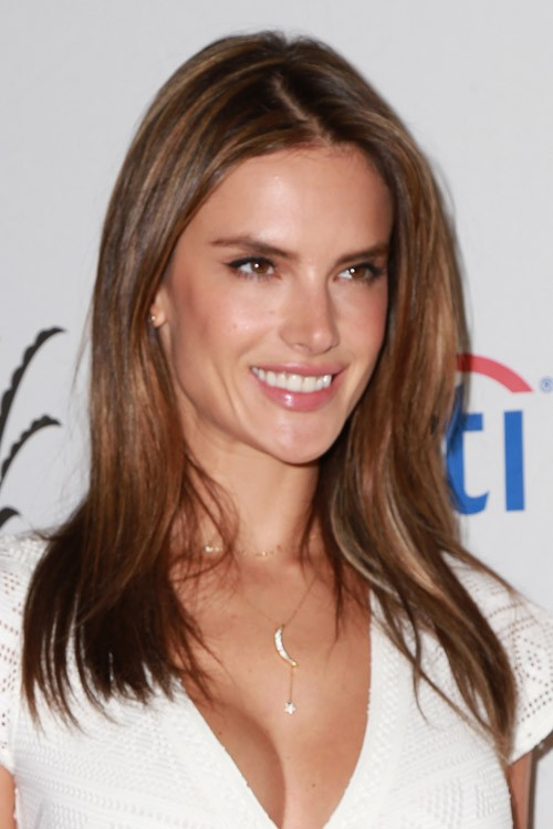 Alessandra Ambrosio S Hairstyles Amp Hair Colors Steal Her