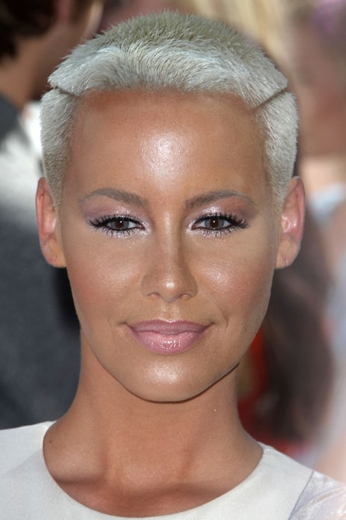 Amber Rose S Hairstyles Hair Colors Steal Her Style Page 2