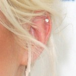amelia-lily-helix-piercing