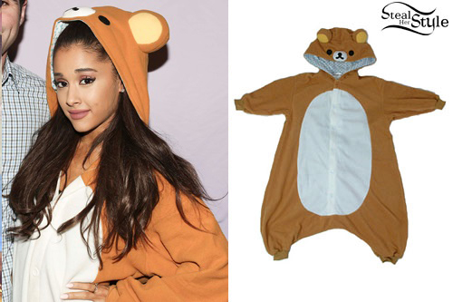 Ariana grande bear onesie steal her style ariana grande at the honeymoon tour meet greet in san jose april 12th m4hsunfo