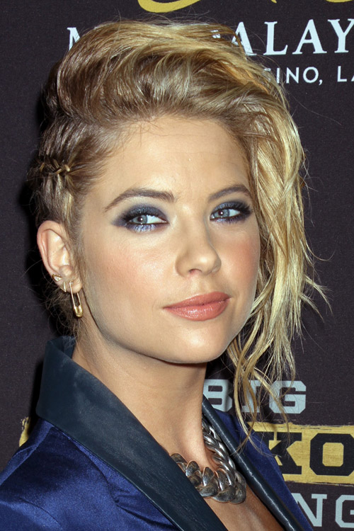 Ashley Benson Wavy Golden Blonde Cornrows Mini Braids