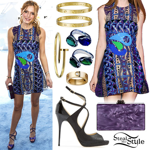 Bella Thorne: 2015 MTV Movie Awards Outfit