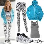 Bella Thorne: Zig-Zag Leggings, Floral Sneakers