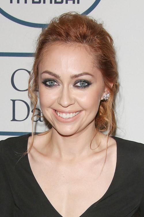 Brandi Cyrus Wavy Ginger Messy Ponytail Hairstyle Steal