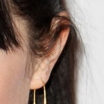 carly-rae-jepsen-ear-piercing