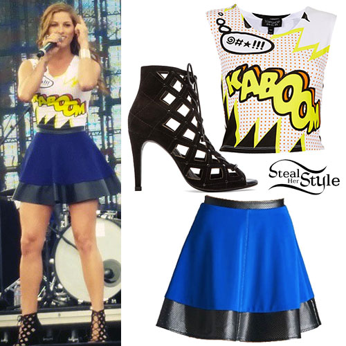 Cassadee Pope: Comic Crop Top Outfit
