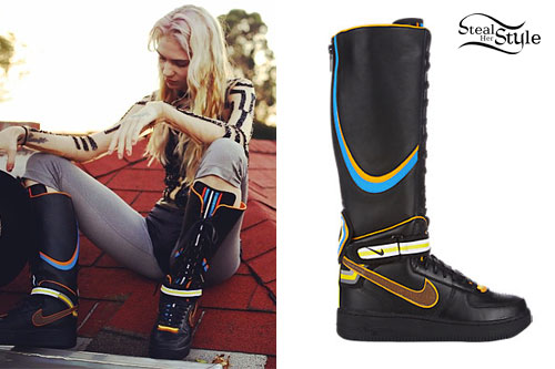 Grimes: Knee-High Nike Boots