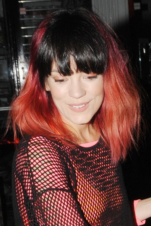 Lily Allen S Hairstyles Amp Hair Colors Steal Her Style