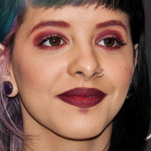 Melanie Martinez Makeup Red Eyeshadow Amp Burgundy Lipstick
