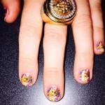 miley-cyrus-nails-2