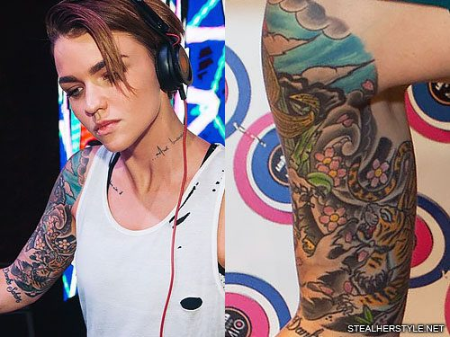 24 Celebrity Cherry Blossom Tattoos Steal Her Style