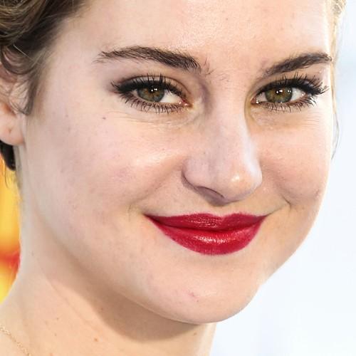 Shailene-woodley-makeup-1