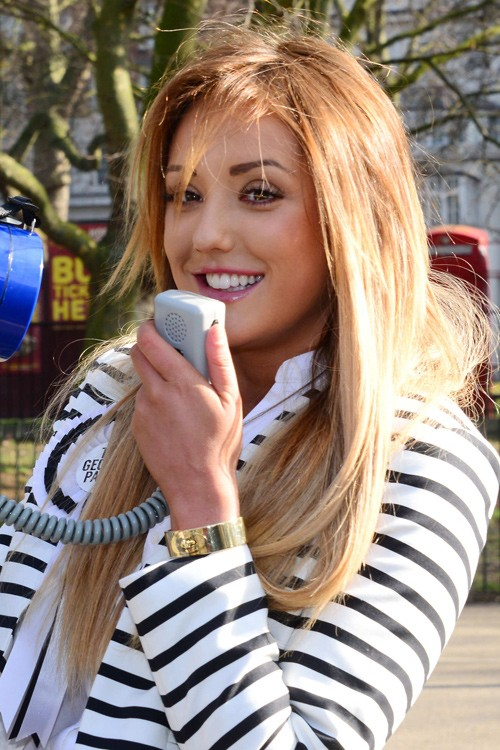 Charlotte Crosby S Hairstyles Amp Hair Colors Steal Her Style