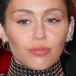 miley-cyrus-makeup-4