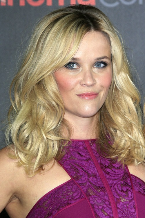 reese witherspoon hair style reese witherspoon wavy ash roots hairstyle 5098 | reese witherspoon hair 1 500x750