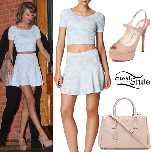 Taylor Swift leaving her apartment in New York. May 26th, 2015 - photo: taylorpictures