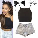 Ariana Grande: Black Cropped Tank