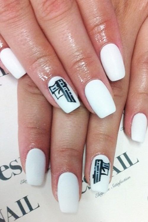 Ariel Winter\'s Nail Polish & Nail Art | Steal Her Style | Page 4