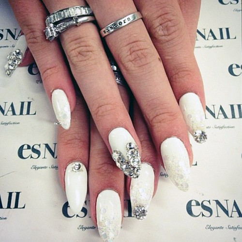 Bella Thorne White Heart Tips, Jewels, Sequins, Stones ...
