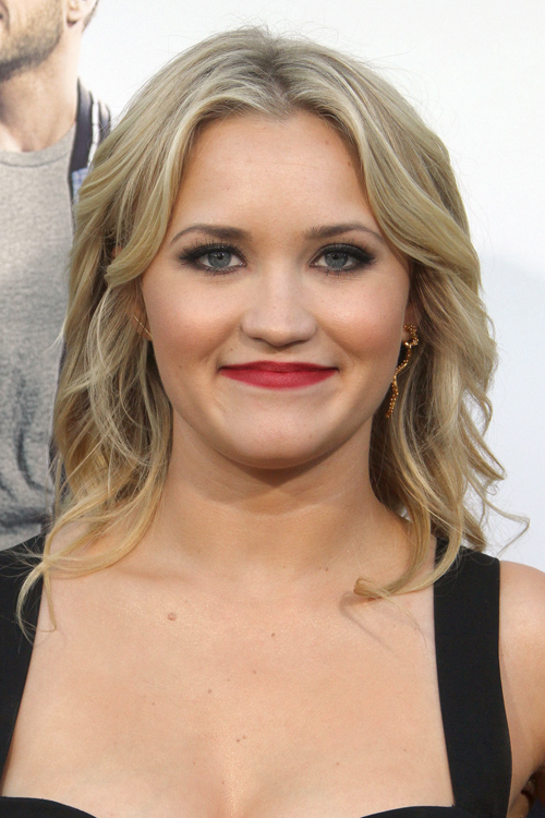 Emily Osment Wavy Light Brown All Over Highlights