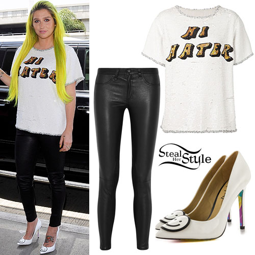 Kesha: 'Hi Hater' Tee, Smiley Pumps