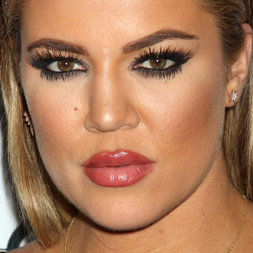 Khloe Kardashian Makeup Black Eyeshadow Amp Mauve Lipstick